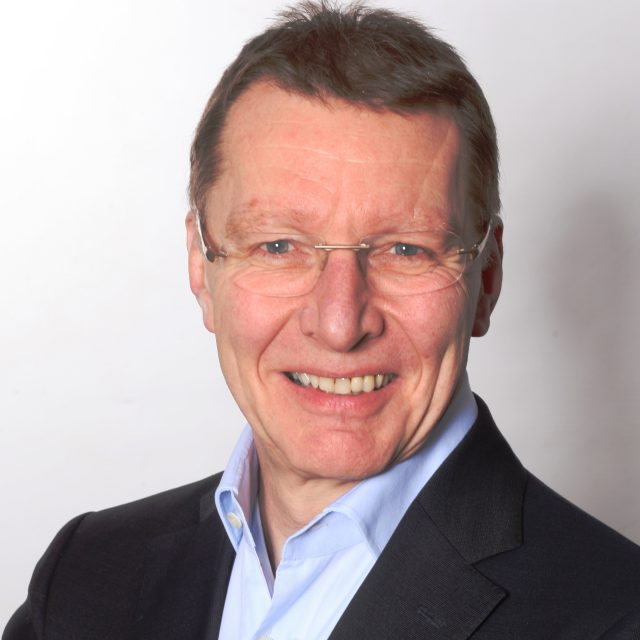 Dr. Bernhard Labudek