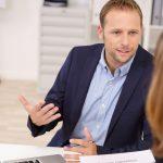 Wie Sie als Anwalt verständlich kommunizieren und so im Austausch mit Ihren Mandanten mehr erreichen