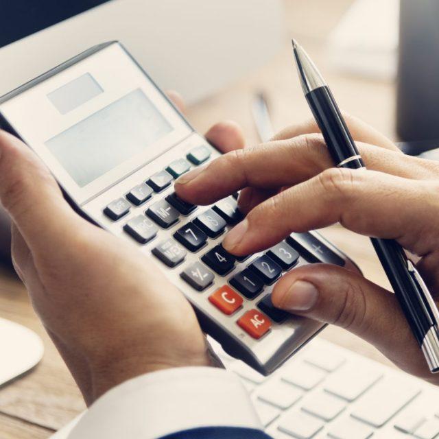 Automatischer Prozesskostenrechner für Anwälte und Mandanten