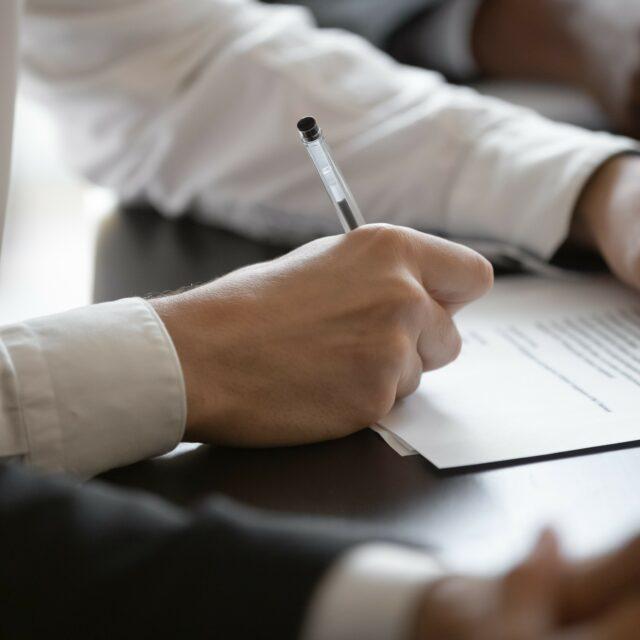Die Vergütungsvereinbarung des Strafverteidigers Teil I – wann schließe ich sie ab und was muss ich beachten?